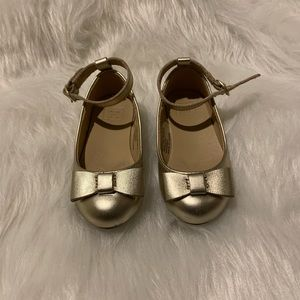 Janie & Jack Gold Bow flats with strap size 5